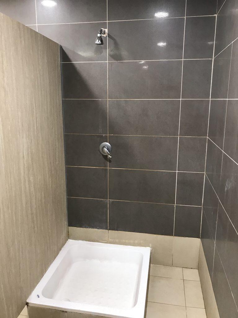 アブダビ空港シャワールーム