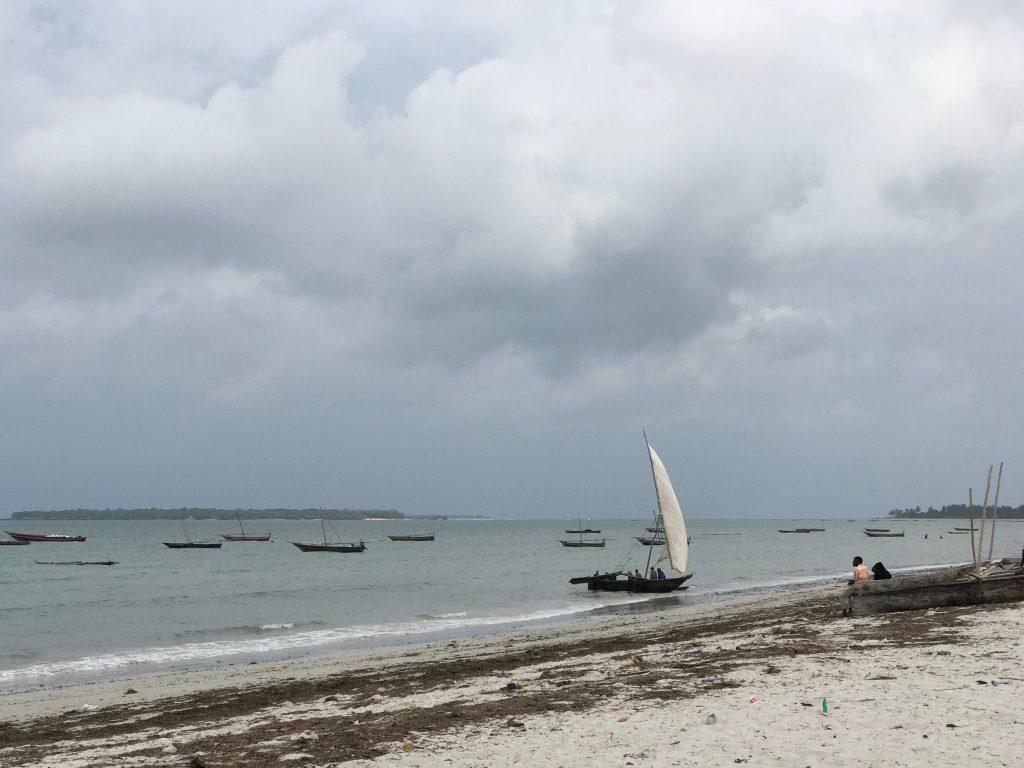 キガンボーニの海
